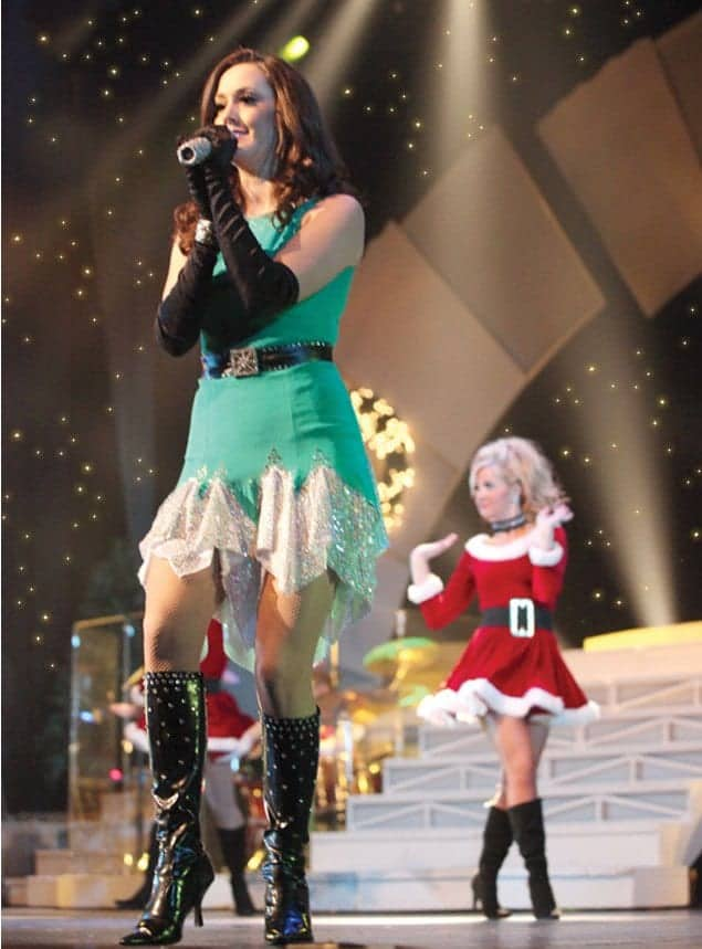 Holiday Magic Returns to Pigeon Forge with the Country Tonite Christmas Show