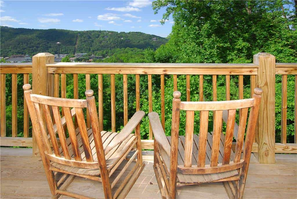 4 Great Vacations to Host at Our 5 Bedroom Cabins for Rent in Gatlinburg TN