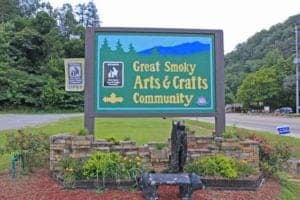 Entrance to the Great Smoky Arts & Crafts Community.