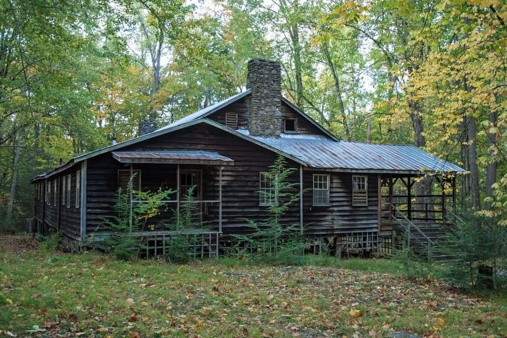 A historic cabin at the Elkmont Ghost Town.