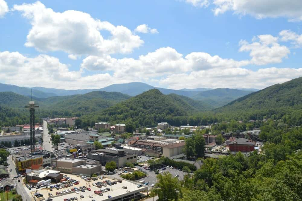 7 Things to Do in Gatlinburg and Pigeon Forge Off the Beaten Path
