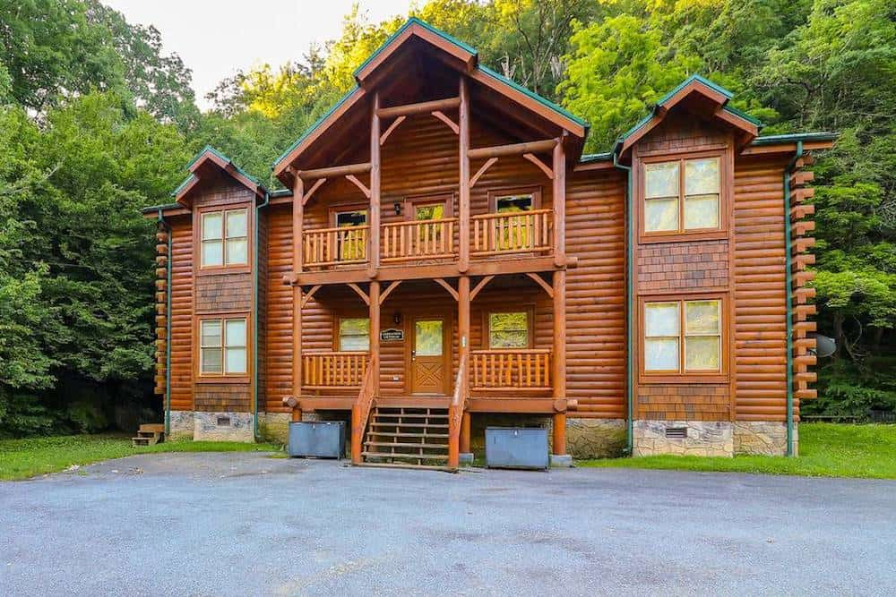 5 Ways to Save When You Stay in Our Large Cabins in the Smoky Mountains