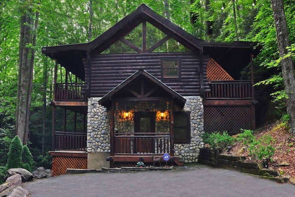 Top 5 Perks of Staying in One of Our Cabins in Gatlinburg TN