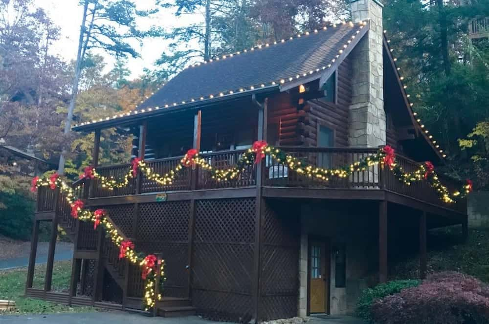 4 Fun Ways to Get into the Christmas Spirit at Our Smoky Mountain Cabin Rentals