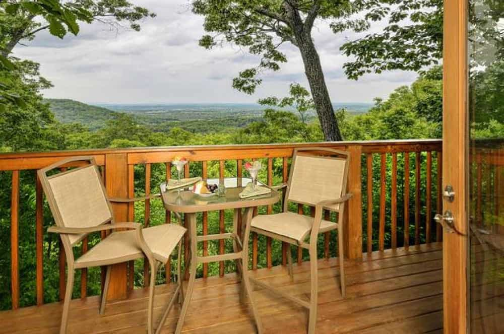 5 Reasons Our 1 Bedroom Cabins in Gatlinburg Are Perfect for Your Vacation