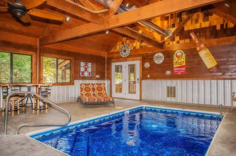 cabin in pigeon forge with pool