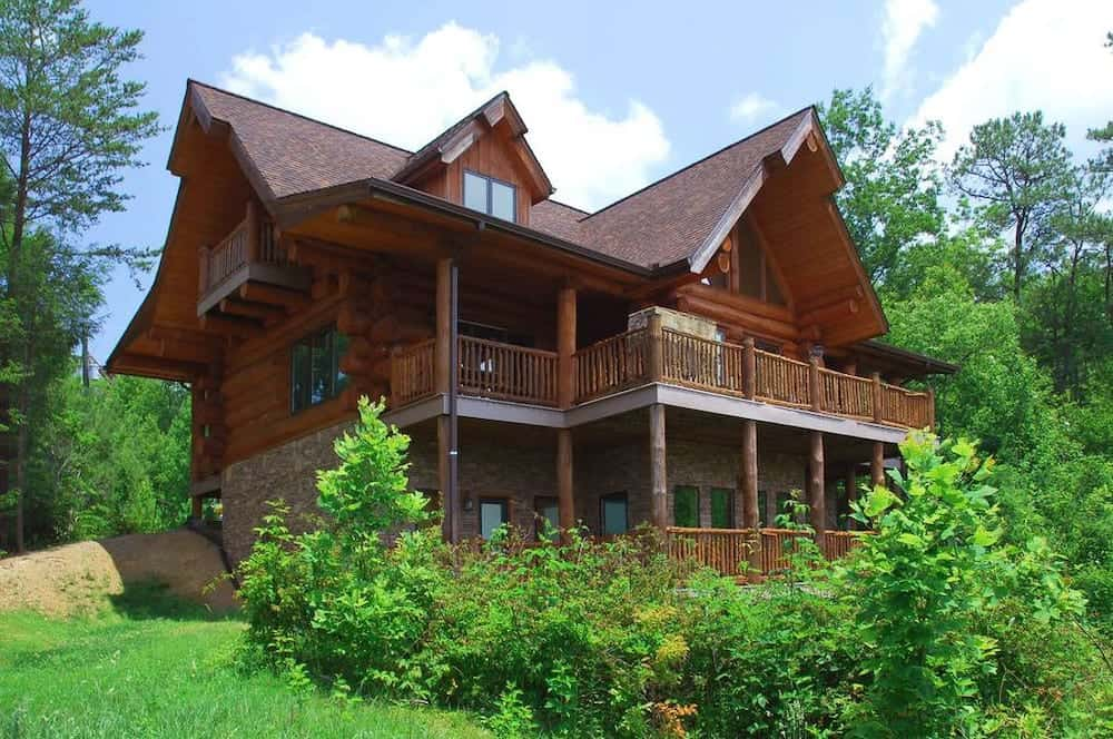 5 of Our Best 5 Bedroom Cabins in Gatlinburg Your Group Will Love