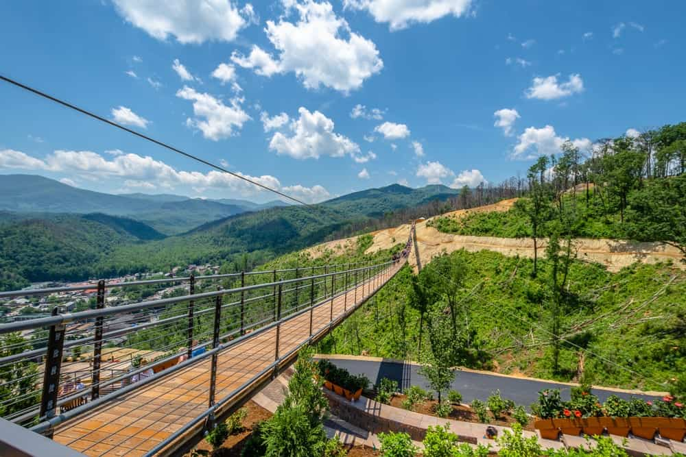 All the Details About the Gatlinburg SkyBridge and the Gatlinburg SkyLift Park